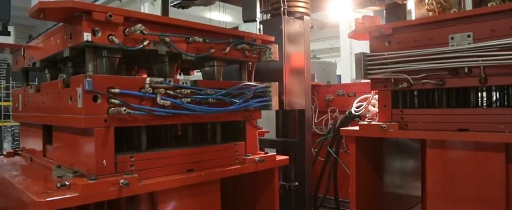 ROTEAX PLASTIC PALLET MACHINERY 1